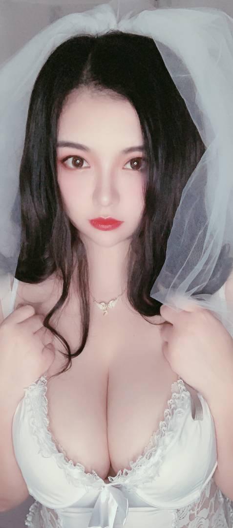 福利姬@巨巨 - 新娘装 [48P+8V+564MB]