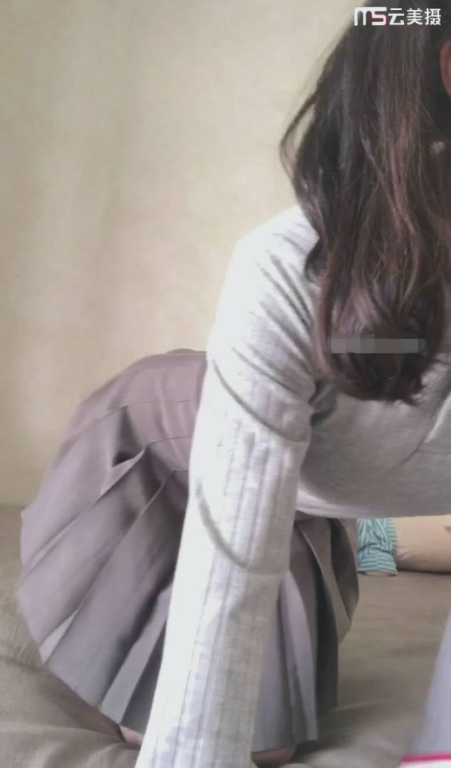 网红少女玖尾酱欲望期的JK少女 [1V+649MB]