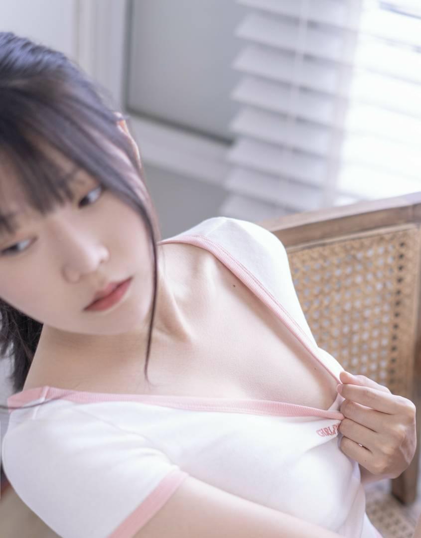 香草喵露露-百叶窗 [58P+1V+330M]