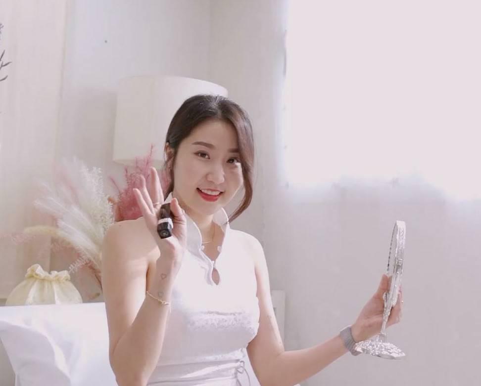韩国网红jena.sis视频资源合集[9V+1.81G]